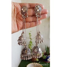 Gold And Silver Earrings Info: 9504981105 Tika Jewelry, Indian Jewelry Earrings, Jewelry Design Earrings, Silver Jewellery Indian, Gold Earrings Designs, Indian Wedding Jewelry, Fashion Earrings, Fashion Jewelry, Silver Jewelry