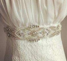 Дизайнерские платья и вещи .Ручная работа