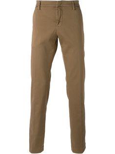 Shoppen Dondup Chinos mit geradem Bein von Sagmeister aus den weltbesten Boutiquen bei farfetch.com/de. In 300 Boutiquen an einer Adresse shoppen.