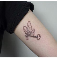 - Imágenes efectivas que le proporcionamos sobre diy home decor Una imagen de alta calidad puede dec - Harry Tattoos, Key Tattoos, Cute Tattoos, Body Art Tattoos, Sleeve Tattoos, Tatoos, Gypsy Tattoos, Arabic Tattoos, Simplistic Tattoos
