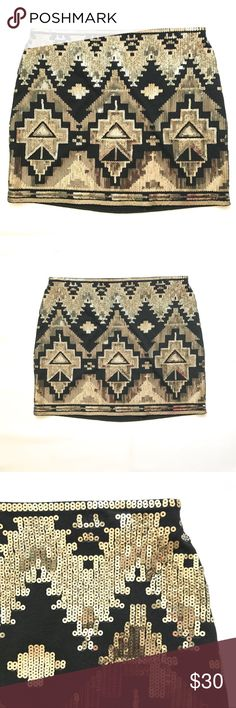 NWT Express Aztec sequin skirt NWT Express Aztec gold & silver sequin skirt Express Skirts Mini