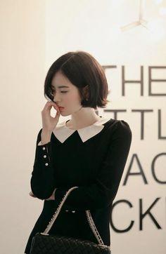 바카라사이트쿠폰㉢ DDR575 。COM ㉢ 카지노사이트 ㉢블랙잭생방송 바카라사이트모음 카지노룰렛하는법 Korean Beauty, Asian Beauty, Chic Haircut, Yoon Sun Young, Korean Fashion Trends, Girl Photography Poses, Fashion Images, Beautiful Asian Girls, Her Hair