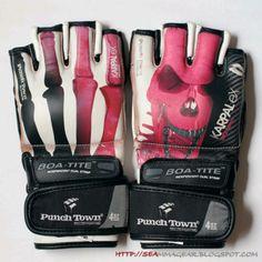 Pink mma gloves