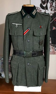 WW2 German Heer M36 tunic Military Gear, Military Uniforms, Raza Aria, The Good German, German Uniforms, Army Uniform, German Army, World War Ii, Well Dressed