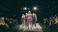 Be your own light show in app-controlled CuteCircuit clubwear Smart Textiles, E Textiles, World Of Fashion, Fashion Brand, Fashion Design, Fashion Company, Women's Fashion, Smart Outfit, Wearable Technology