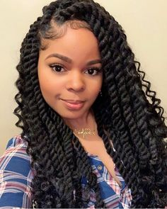 🧘🏽‍♀️Goddess Cuban Twists by Me ✨ I wear medium-large twists every now and then for protective and super low manipulation styling. They… # large twist Braids Box Braids Hairstyles, Havana Twist Hairstyles, My Hairstyle, African Hairstyles, Protective Hairstyles, Hair Updo, Black Hairstyles, Crochet Twist Hairstyles, Girl Hairstyles