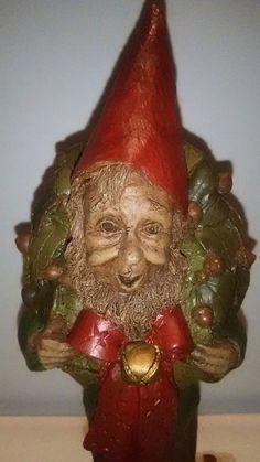 RARE TOM CLARK GNOME BEAU 1986 CHRISTMAS ELF W/ WREATH  FIGURINE VHTF