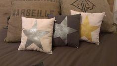 Pillows made by hand DIY with twinkle stars- Coussins fait main avec des étoiles peintes