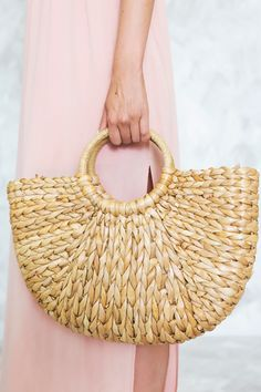 Basket Bag, Straw Bag, Street Style, Handbags, Sewing, My Style, Street Fashion, Fabric, Handle
