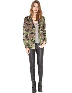 Camouflage jacket + Leather Leggings + Gray Tee = <3