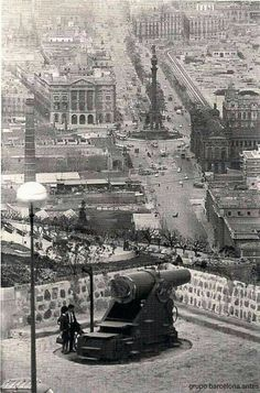 Las ramblas,vistas desde montjuic,año 1968