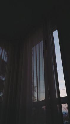 Iphone Wallpaper Moon, Soft Wallpaper, Aesthetic Pastel Wallpaper, Iphone Background Wallpaper, Aesthetic Backgrounds, Galaxy Wallpaper, Lock Screen Wallpaper, Aesthetic Wallpapers, Night Aesthetic