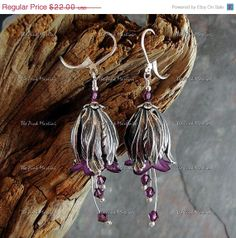HOLIDAY SALE Purple flower earrings beaded by thepinkmartini, $19.00