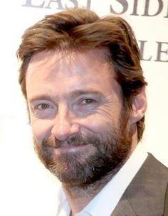 Hugh looks wonderful here.love the beard Hugh Michael Jackman, Hugh Jackman, Broadway Stage, Movie Shots, Australian Actors, Man Alive, Wolverine, Sexy Men, How To Look Better