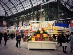 #PFW : Karl Lagerfeld fait défiler Chanel dans un supermarché au Grand Palais