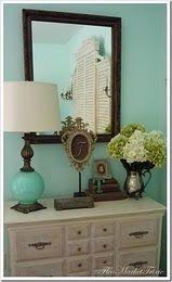 Love the lamp.