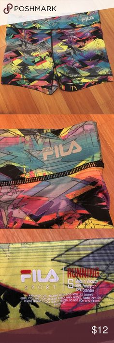 Fila Spandex Sport Performance Shorts Size Small PRODUCT FEATURES Elastic waistband Trudry moisture-wicking technology keeps you dry Reflective details offer added visibility Tag free. Only worn a few times. multi color. Very cute. Fila Sport Performance Shorts Size Small Fila Shorts
