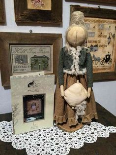 A very primitive doll, inspired to the cross stitch chart by The Primitive Hare