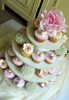 For A Shop Opening by kylie lambert (Le Cupcake), via Flickr