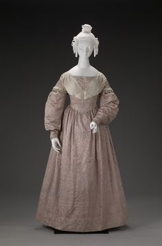 whenasinsilks:   Wedding dress, silk lined with cotton, 1837, American.