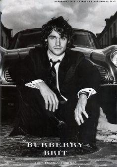 Hugh Dancy- god i've been in love with him ever since ella enchanted