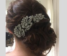 Los tocados joya son los preferidos de las novias #innovias, hoy una de las pruebas de arreglos Fashion, Brides, Bridal Gowns, Bridal, Fascinators, Wedding, Moda, Fashion Styles, Fashion Illustrations