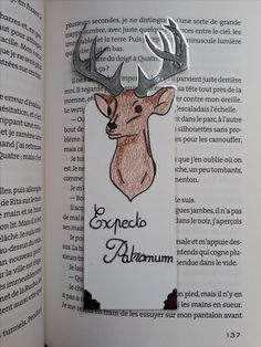Marque page Ecpectro Patronum (Harry Potter) Harry Potter Journal, Marque Page Harry Potter, Cadeau Harry Potter, Harry Potter Bricolage, Harry Potter Letter, Harry Potter Bookmark, Theme Harry Potter, Harry Potter Books, Creative Bookmarks