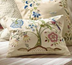 Floral Embroidered Pillow Covers These are what I need to cover those pillows I am tired of!Tessa Floral Embroidered Pillow Covers These are what I need to cover those pillows I am tired of! Bordado Jacobean, Jacobean Embroidery, Ribbon Embroidery, Embroidery Art, Embroidery Stitches, Machine Embroidery, Embroidery Designs, Broderie Simple, Art Du Fil