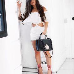 To amando tanto roupa branca!! Seria meu novo vicio + ondulado? | Amando esse macaquinho @boutiquelefemme já quero todas as cores, pq ele é super comfy e vai com qualquer look!!