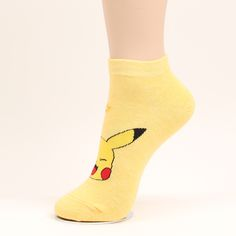 Made In Korea And Imported MATERIAL : 85% Cotton + 5% Polyester 5% Spandex + 5% Poly&Nylon SIZE : One Size Fit, Women's Shoe US 5~9 / UK 2.5~7 / EU 35~39 / 220~260mm, Length :Approx. 35cm / 13.7 Inch , Circumference : Approx. 16~34cm / 6.3~13 Inch STYLE : Not too thick or too thin,suitable for Spring, Autumn, Home, Office, Every Day Use.Comfy Socks Good For Four S easons WASH : Easy to wash - Machine-wash or hand wash