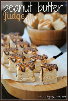Peanut Butter Fudge- soft, creamy peanut fudge topped with peanut butter and chocolate drizzle #fudge www.shugarysweets.com