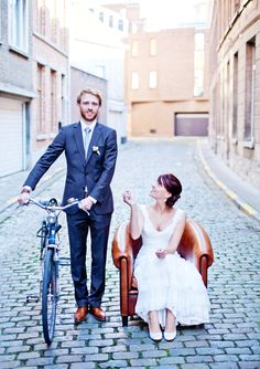 Wedding pictures on the street