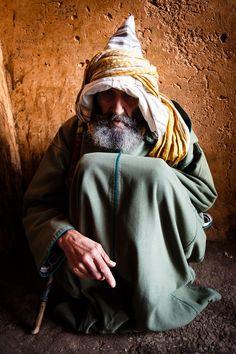 Man from Meknes, Morocco #People of #Morocco - Maroc Désert Expérience tours http://www.marocdesertexperience.com