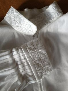 Shirt to Beltestakk from East Telemark - Embroidery Fashion, Floral Embroidery, Embroidery Stitches, Norwegian Clothing, European Costumes, Going Out Of Business, Bridal Crown, Folk Costume, Folklore