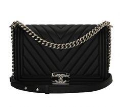 afb264a599b7 NWT CHANEL Le Boy novo tamanho médio preto de cordeiro aleta saco 14K queda  Mini Woc | Favorite fashions | Bags, Chanel, Chanel le boy