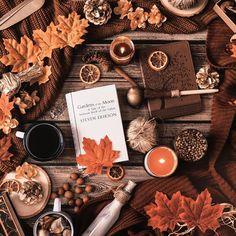 Tolle fotos savannah Wedding Gown Guide: Why Wedding Winter Funny, Reading Garden, Hallowen Ideas, Autumn Aesthetic, Cozy Aesthetic, Flower Aesthetic, Autumn Cozy, Autumn Fall, Autumn Feeling