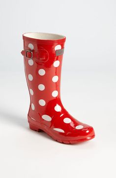 Love these wellies! Red stripe outside with yellow and blue stripe ...