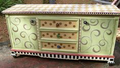 painted furniture ideas before and after | Lucy Designs: Dresser Before and After #repurposedfurniturebeforeandafter
