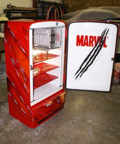 Airbrushed Wolverine Fridge - Painted by Mike Lavallee of Killer Paint - www.killerpaint.com