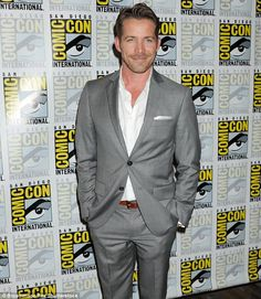 Once Upon A Time star Sean Maguire and wife Tanya welcome a baby boy Sean Maguire, Ouat Cast, Female Protagonist, Outlaw Queen, Cute Characters, Pretty Little Liars, Hot Boys, Once Upon A Time, Good People