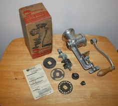 Vintage-Keystone-Meat-Grinder-Food-Chopper-W-3-Blades-2-0-Made-in-USA