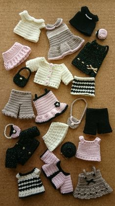Sewing Barbie Clothes, Barbie Clothes Patterns, Doll Dress Patterns, Crochet Doll Dress, Crochet Doll Clothes, Knitted Dolls, Crochet Dolls Free Patterns, Crochet Doll Pattern, Cute Crochet