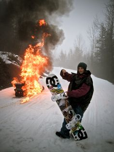 Burn your Snow! Snow Fashion, Ride Or Die, Ski And Snowboard, Wakeboarding, Batman, Extreme Sports, Winter Is Coming, Winter Snow, The Great Outdoors