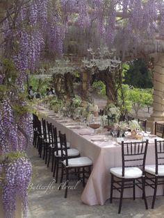 Wisteria for pergola Outdoor Rooms, Outdoor Dining, Outdoor Furniture Sets, Canopy Outdoor, Wooden Furniture, Antique Furniture, Furniture Decor, Outdoor Wedding Decorations, Outdoor Decor