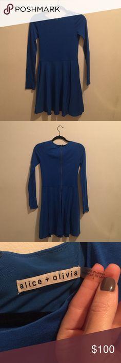 Alice + Olivia Fit and flare, long sleeve, blue dress Alice + Olivia Dresses