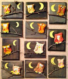 Art with Mr. Giannetto: Grade: Clay Owls (model magic on wood) Clay Owl, First Grade Art, 2nd Grade Art, Halloween Kunst, Fall Art Projects, Kids Clay, E Mc2, Kindergarten Art, Owl Preschool