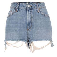 River Island Blue frayed hem high rise denim shorts (200 BRL) ❤ liked on Polyvore featuring shorts, bottoms, denim shorts, pants, blue, women, high-rise shorts, blue jean shorts, high-waisted shorts and blue shorts