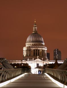 St Pauls by stevewright tn1, via Flickr