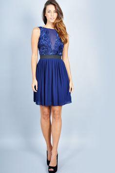 96d681c05d Más de 30 vestidos azules que podrías usar en una fiesta o evento formal