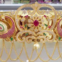 Latest 1 Garm Gold Vaddanam With Price Antique Jewelry, Gold Jewelry, Jewelery, Elegant Fashion Wear, Trendy Fashion, Pearl Set, Personalized Jewelry, Bracelets For Men, Peacock